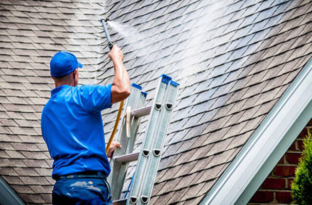 wilmington roof cleaning